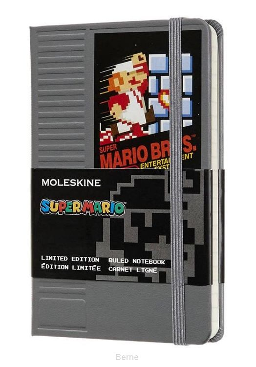 Moleskine LE Notitieboek Super Mario Notebook Pocket (9x14 cm) Gelinieerd NES Cartridge